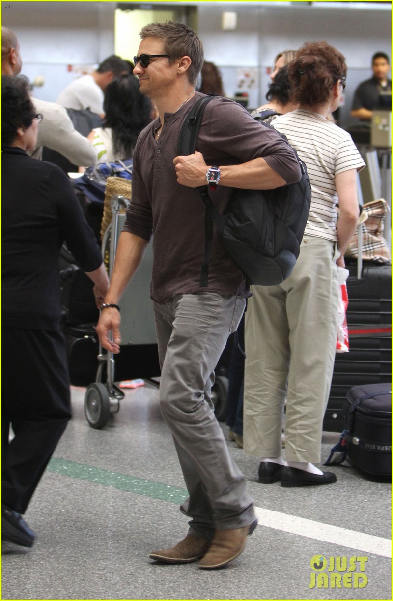 Full Sized Photo of jeremy renner bourne legacy rome photo ...