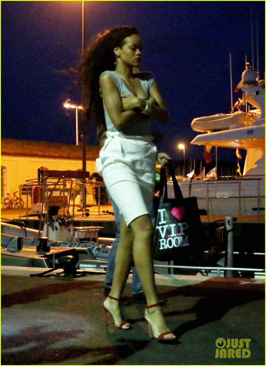Rihanna: Late Night Sa...
