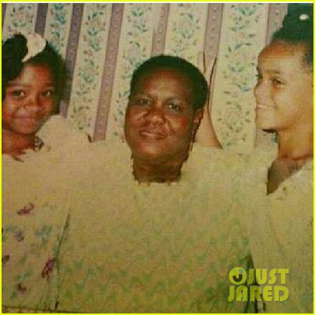 rihanna grandmother passes away 092681692