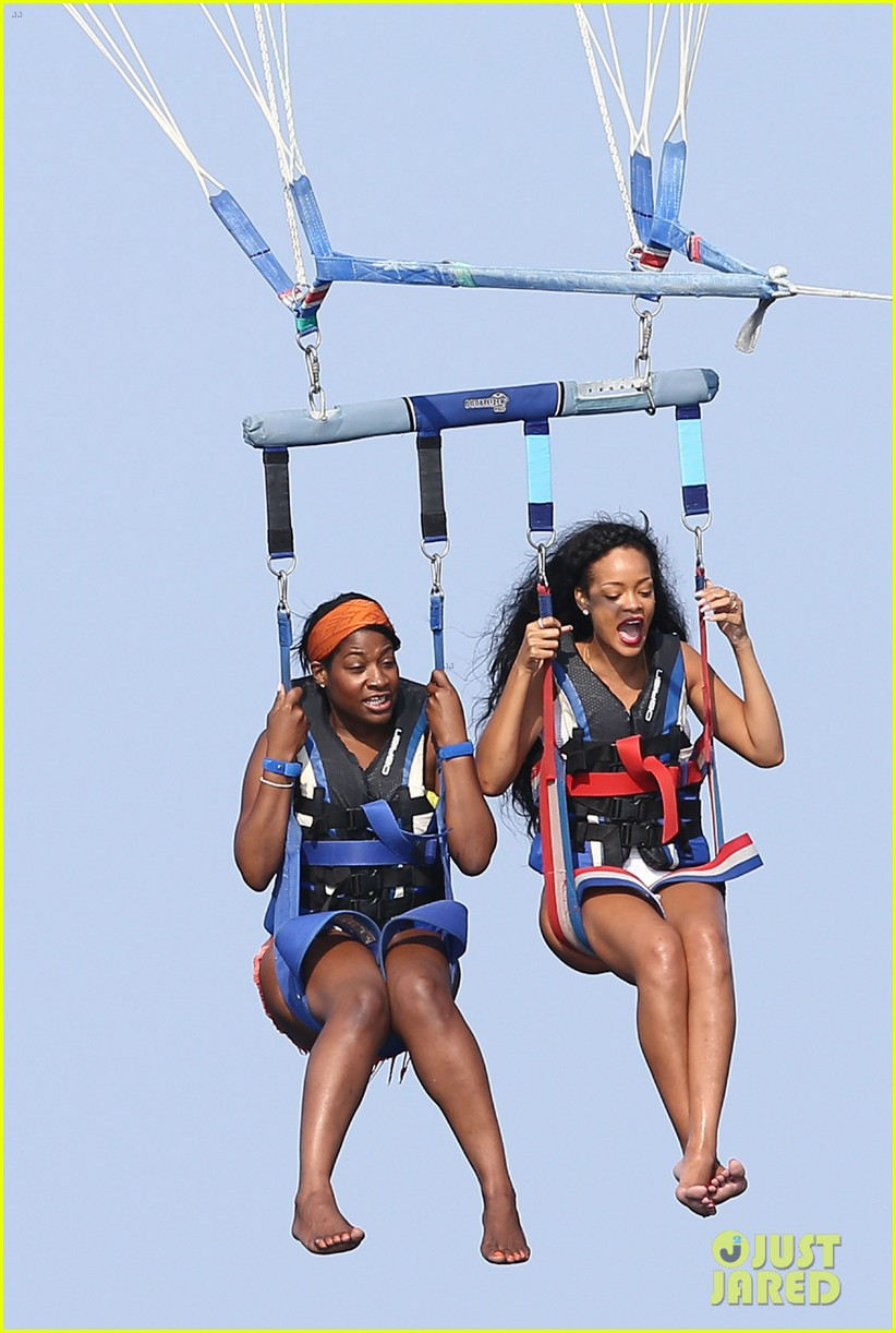 rihanna goes parasailing katy perry checks out concert 07