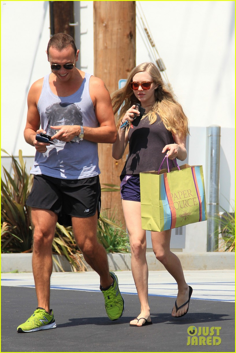 amanda seyfried weho errands 092683841