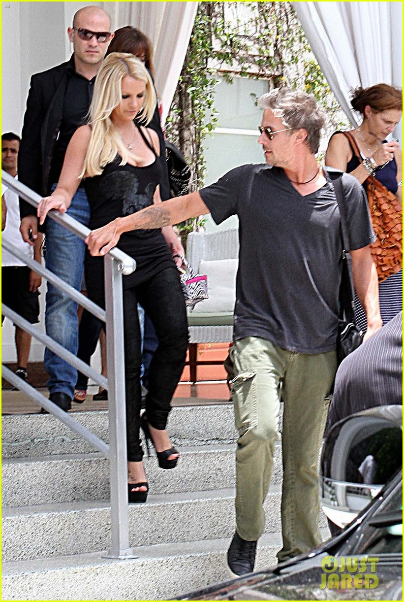 britney spears jason trawick x factor work continues 092691549