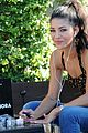 jessica szohr at home manicure 01