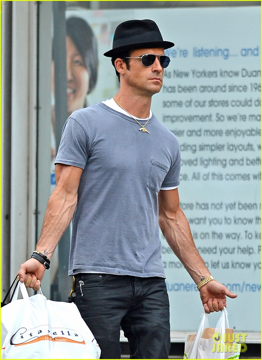 justin theroux new york shopper 01