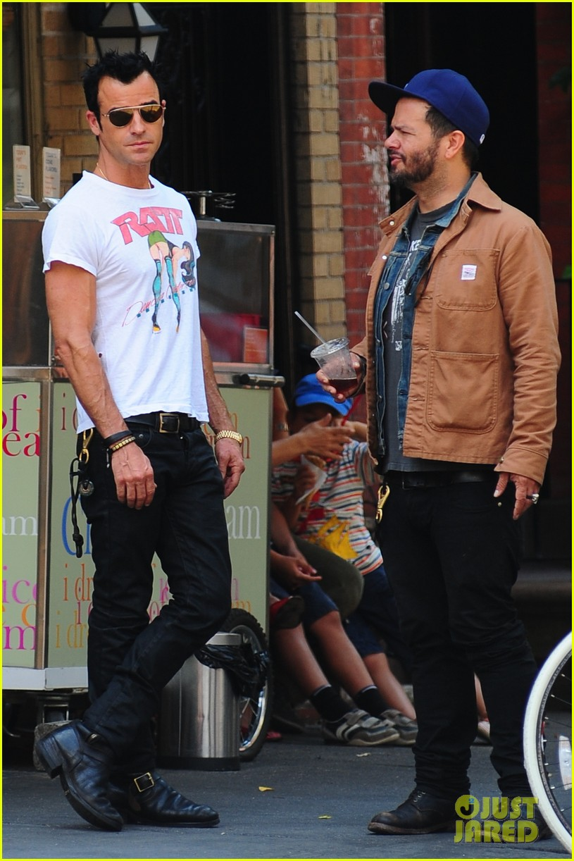 justin theroux new york shopper 142690823