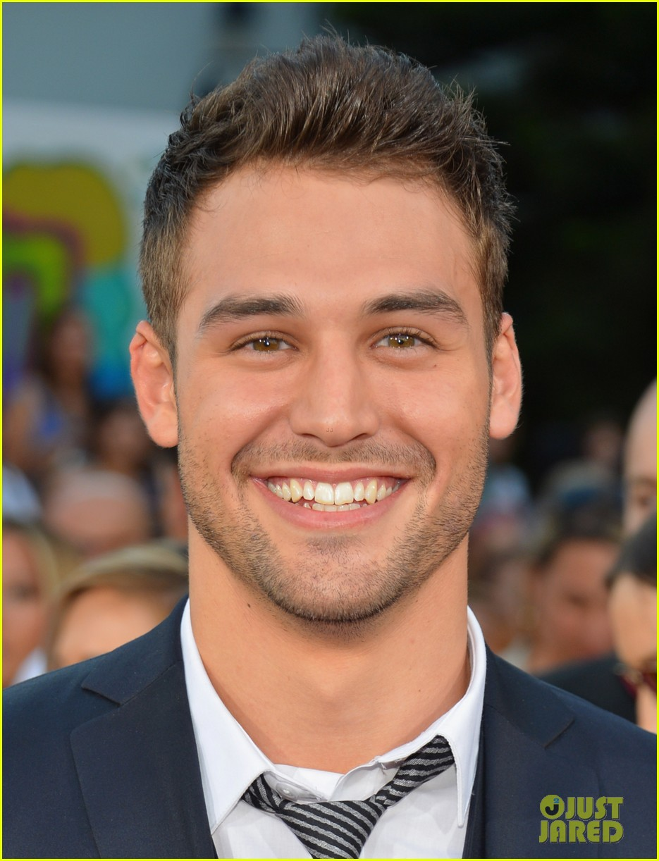 ashley tisdale ryan guzman step up revolution premiere 022689062