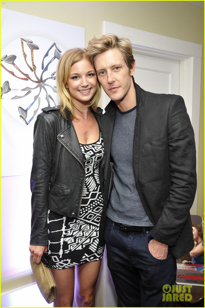 revenge cast dating Emily vancamp, actress: revenge emily vancamp was born on may 12, 1986 in port perry, ontario, canada as emily irene vancamp she is an actress, known for revenge (2011), brothers & sisters (2006) and captain america: civil war (2016).