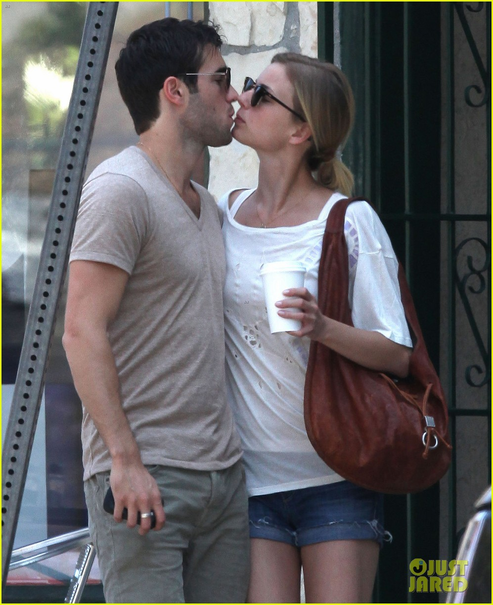 emily vancamp josh bowman little doms lovers 02