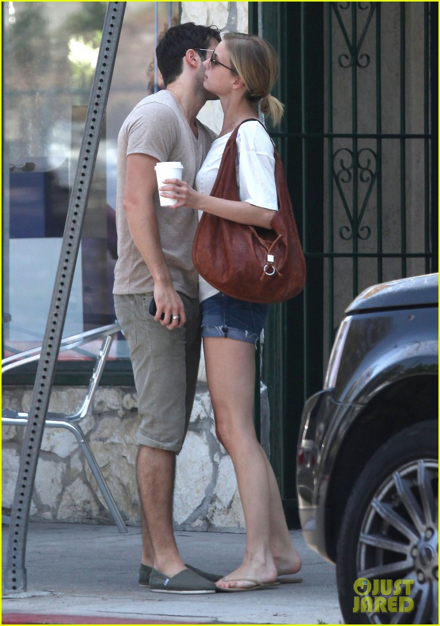 emily vancamp josh bowman little doms lovers 152682759