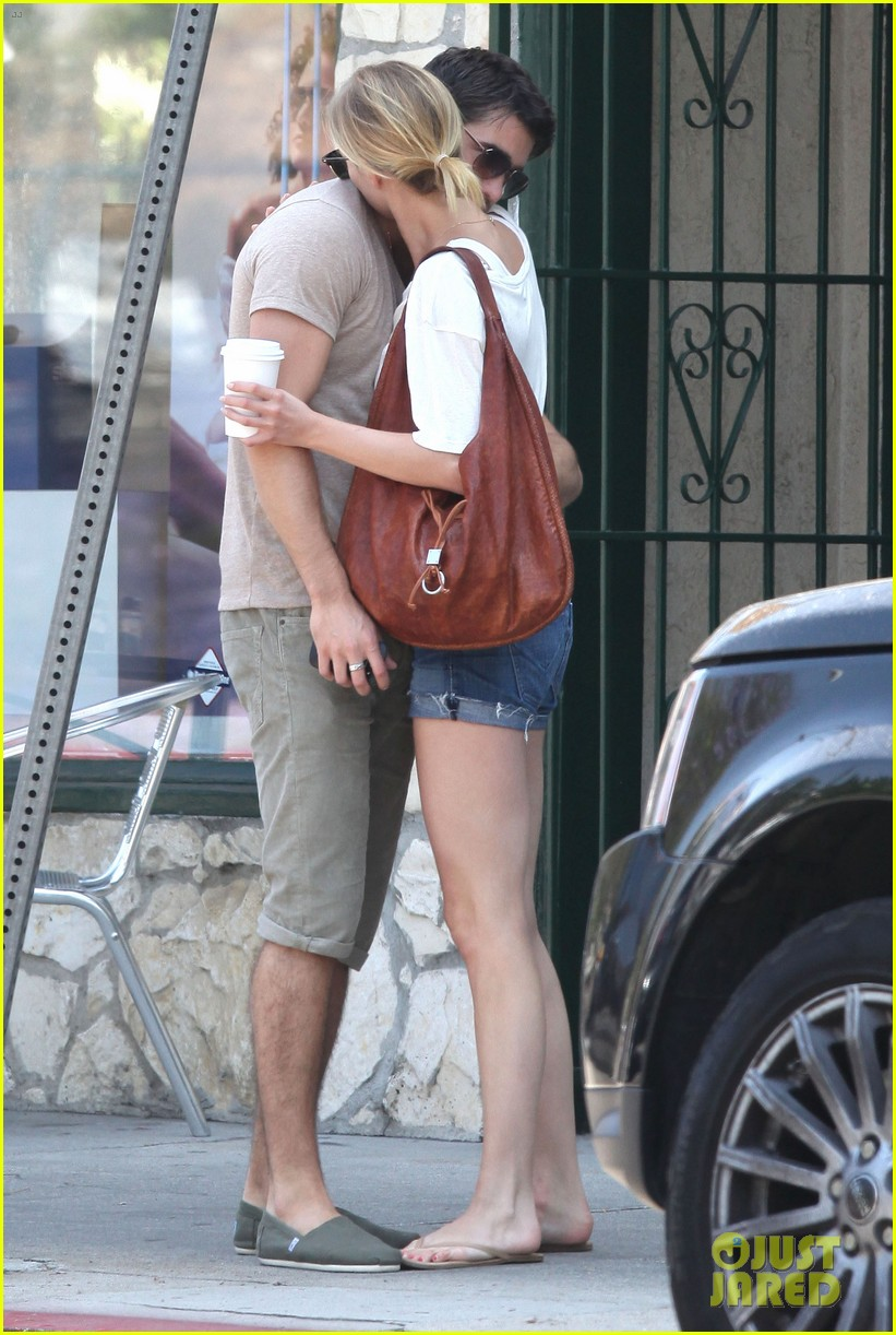 emily vancamp josh bowman little doms lovers 172682761