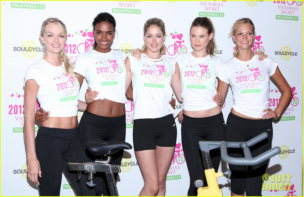 victorias secret angels soulcycle for cancer research 052686115