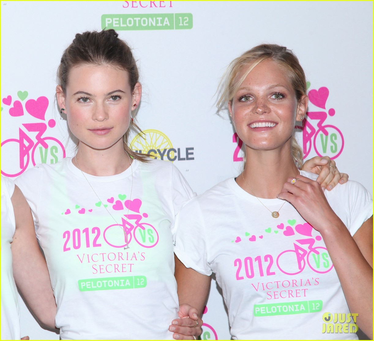 victorias secret angels soulcycle for cancer research 16