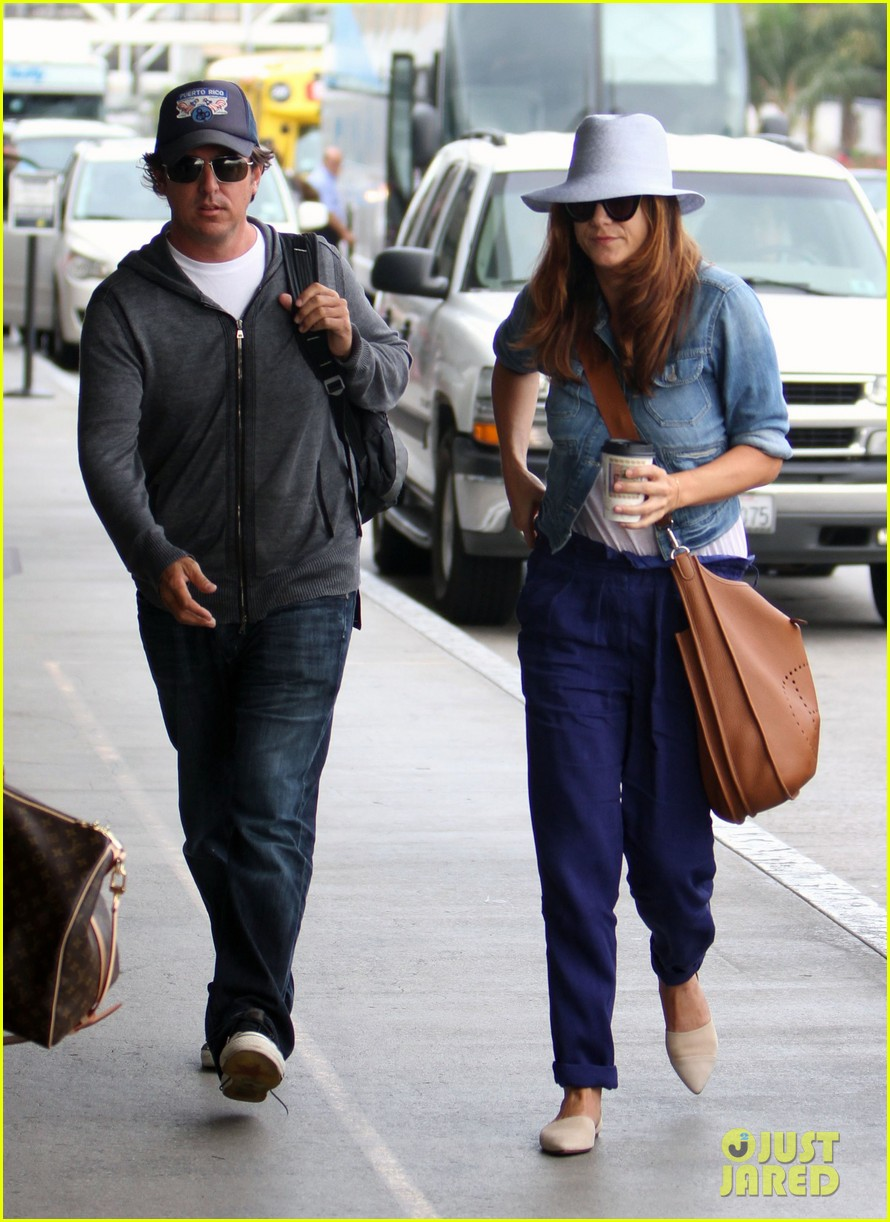 kate walsh airport arrival 09