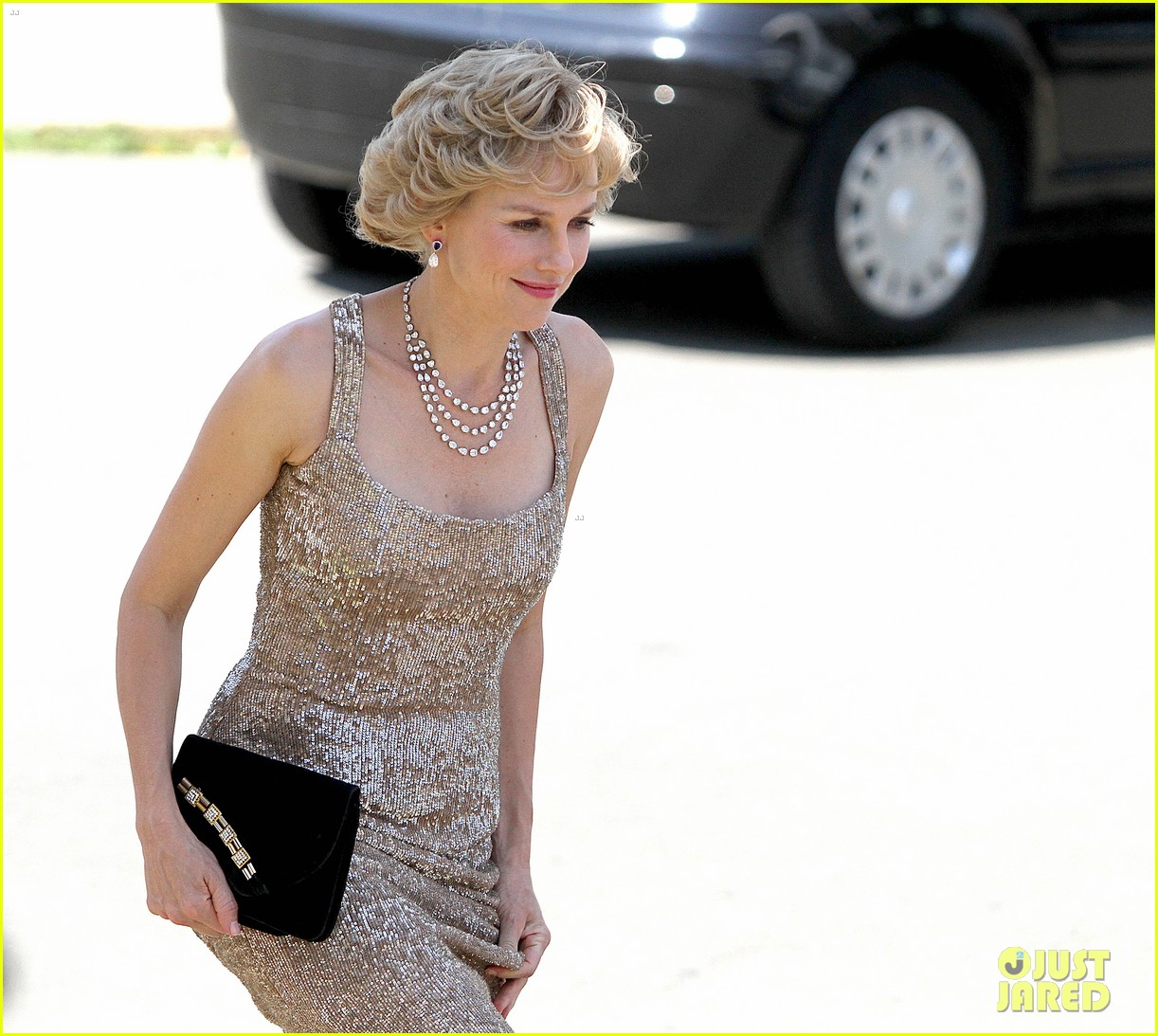 naomi watts princess diana caught in flight 06