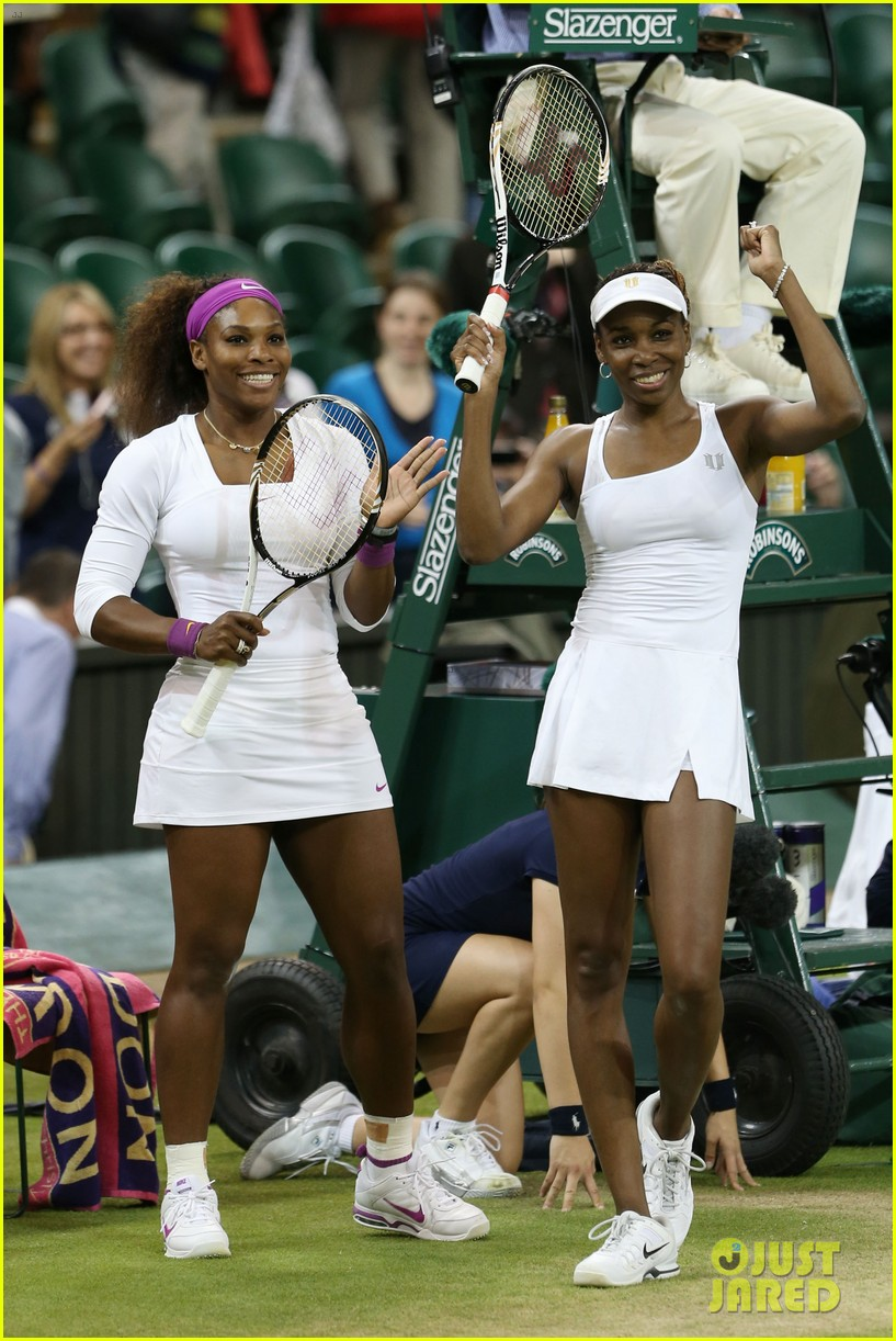 venus serena williams win wimbledon doubles crown 062684409