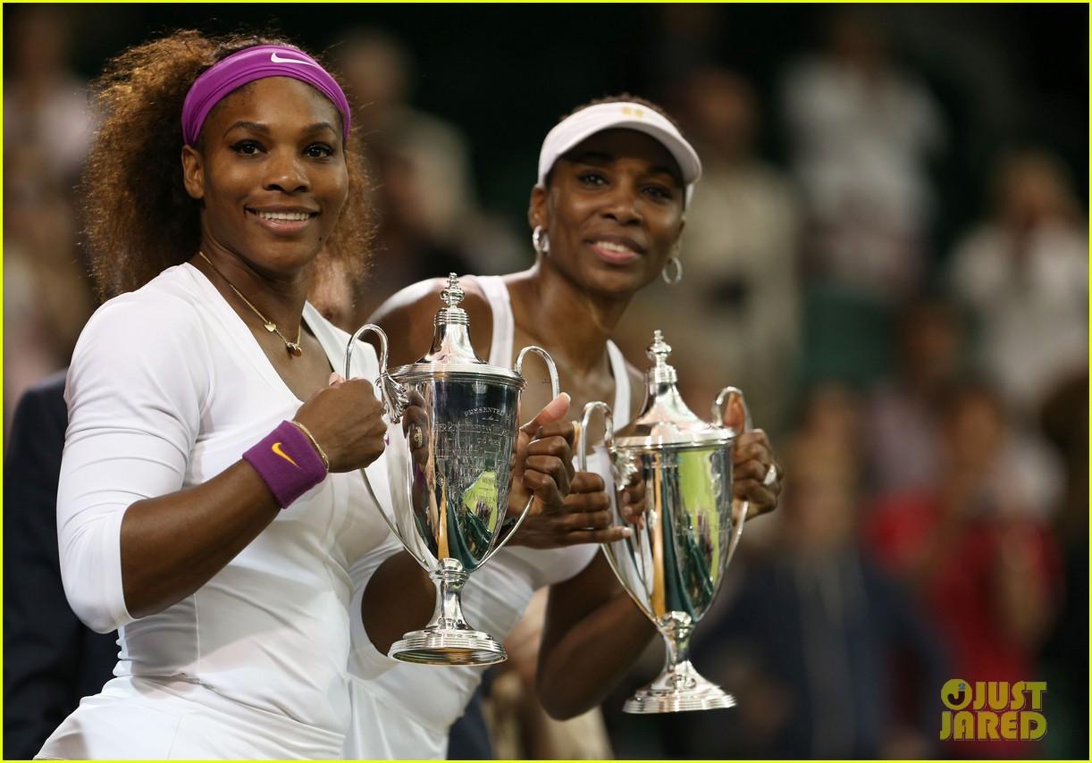 venus serena williams win wimbledon doubles crown 072684410