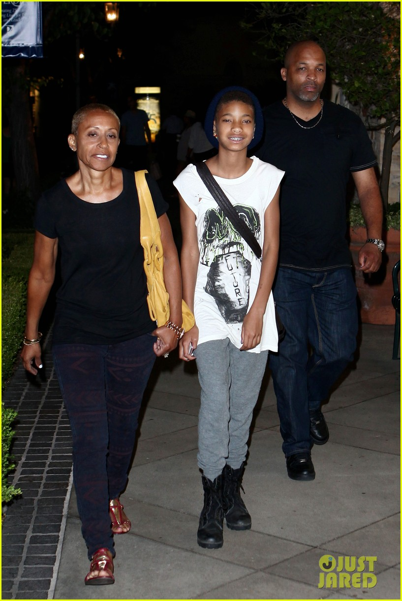 willow smith evening with grandma 012681726