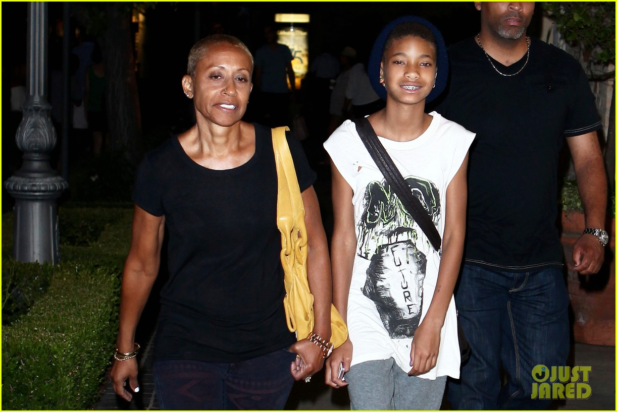 willow smith evening with grandma 042681729