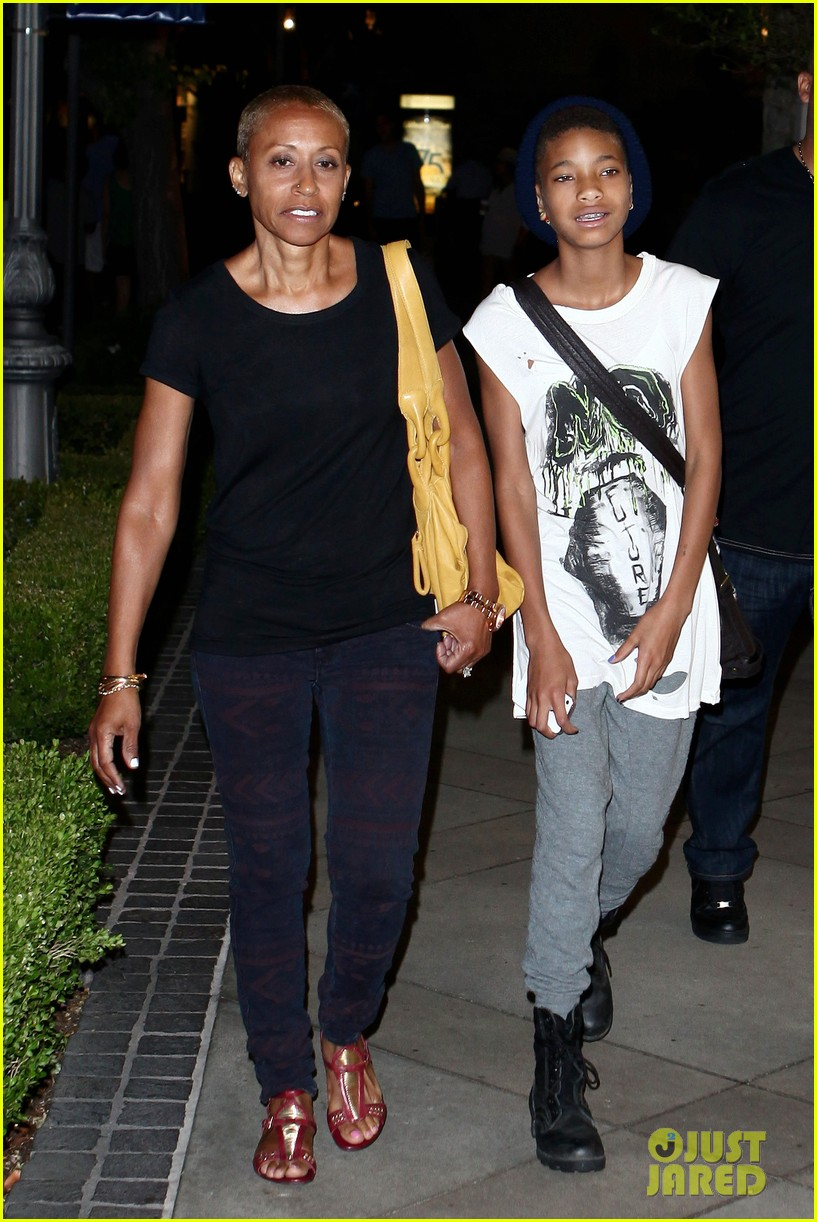willow smith evening with grandma 072681732