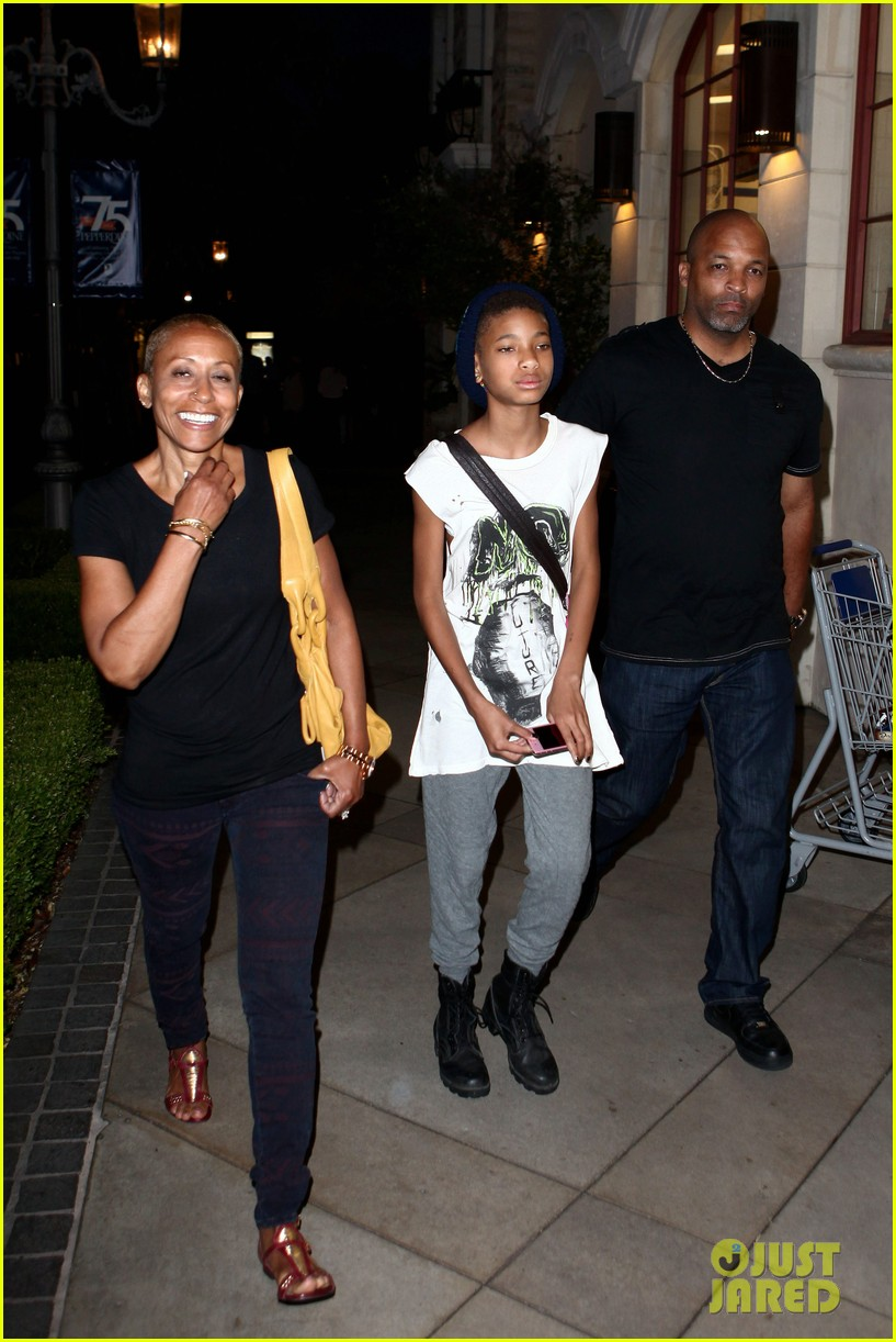 willow smith evening with grandma 092681734