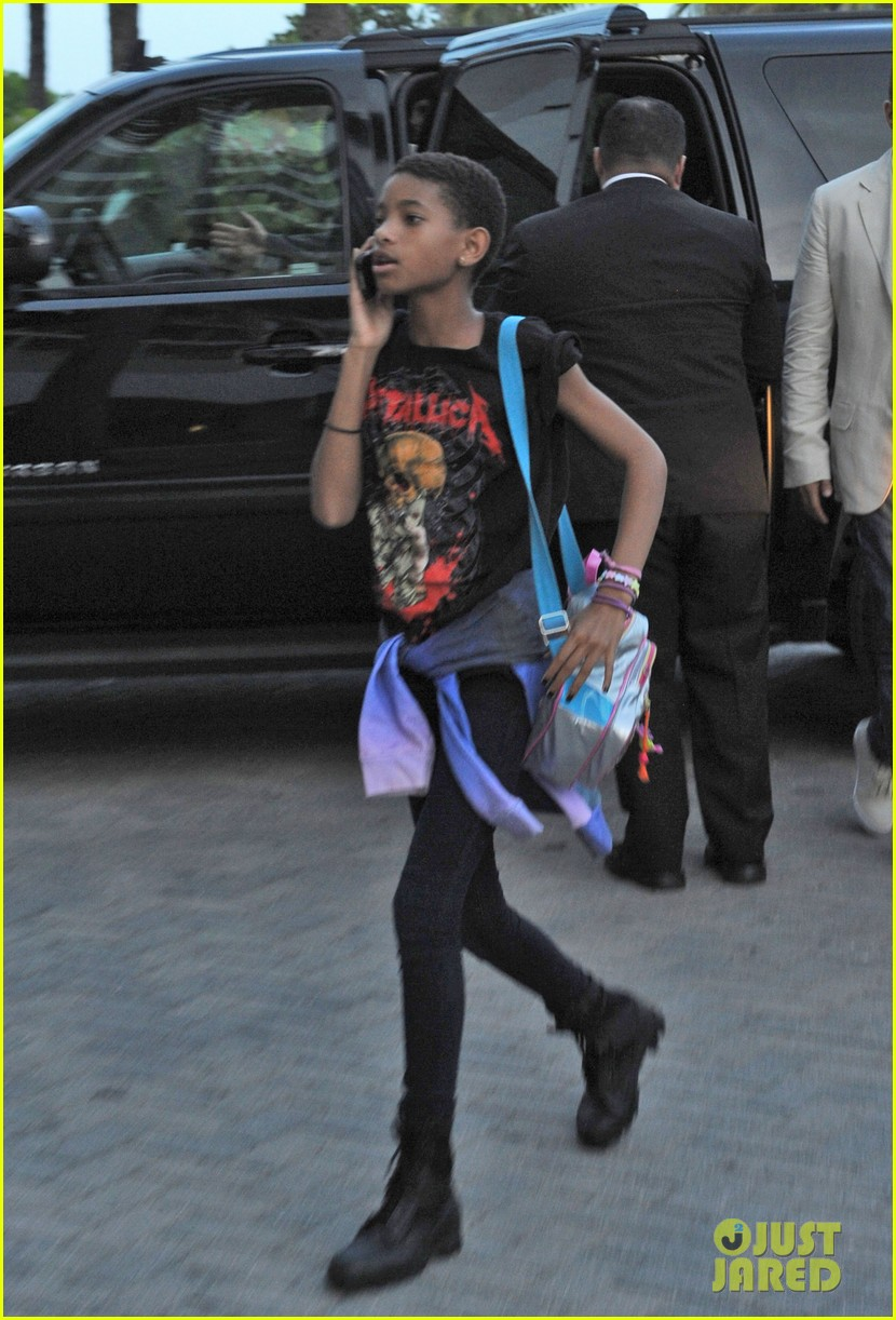 willow smith day out mom jada 042689499