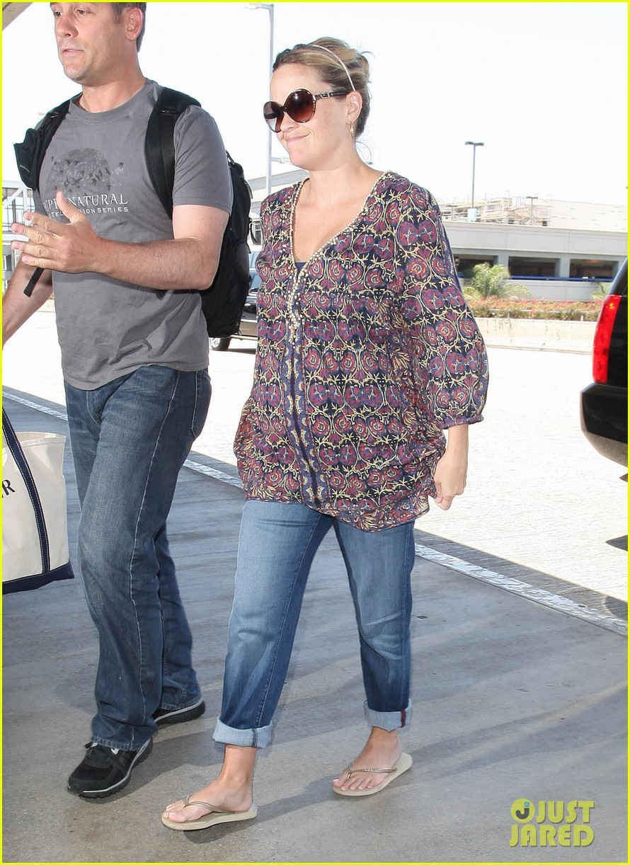 reese witherspoon lax departure 012688007