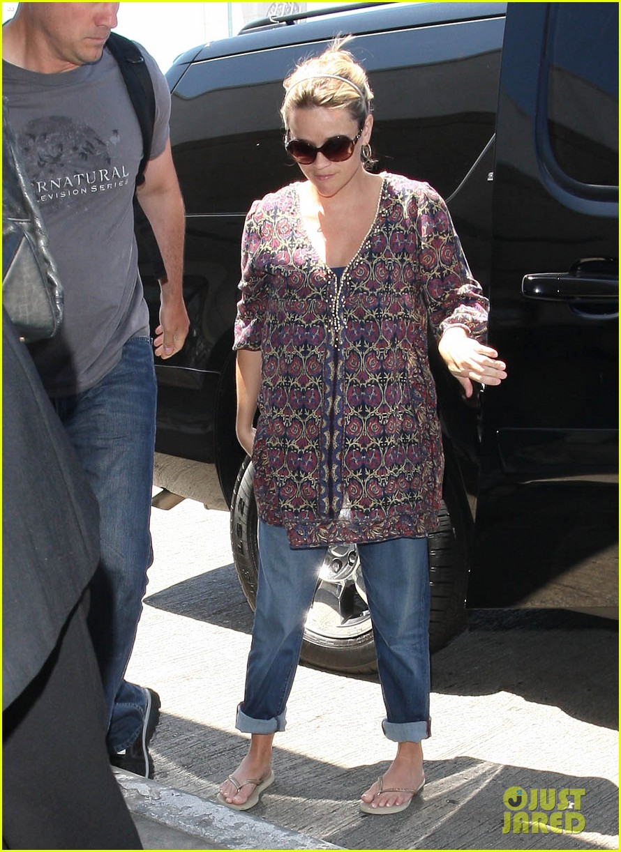 reese witherspoon lax departure 162688022