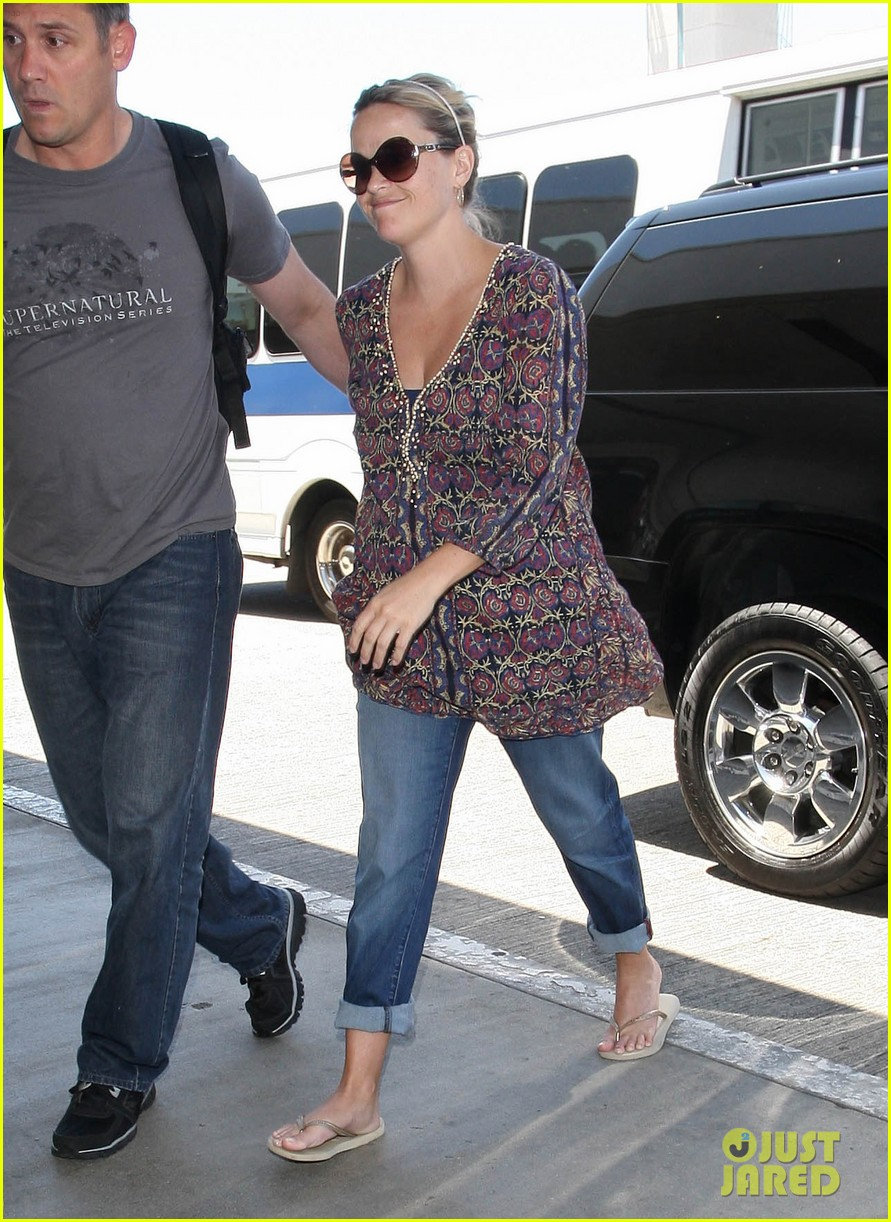 reese witherspoon lax departure 192688025