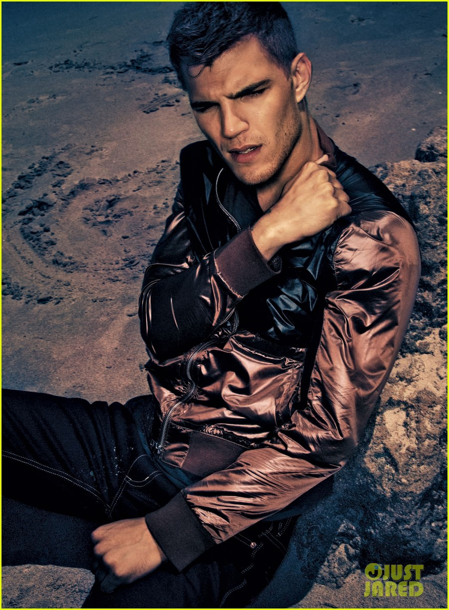 chris zylka essential homme magazine feature 032689236