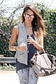 jessica alba mexican food with pal 02
