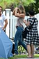 jennifer aniston no engagement ring were millers set 02