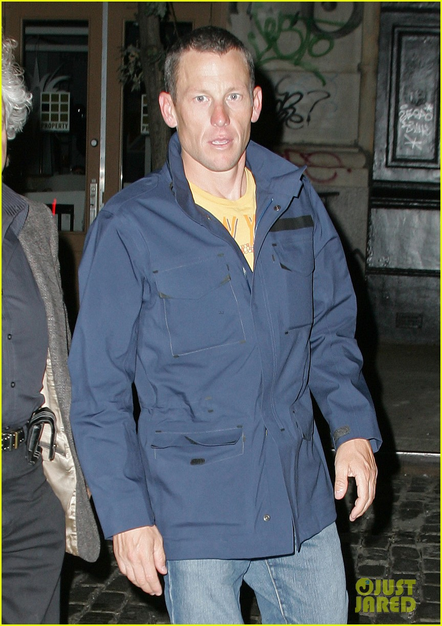 lance armstrong banned from cycling stripped of tour titles 022707606