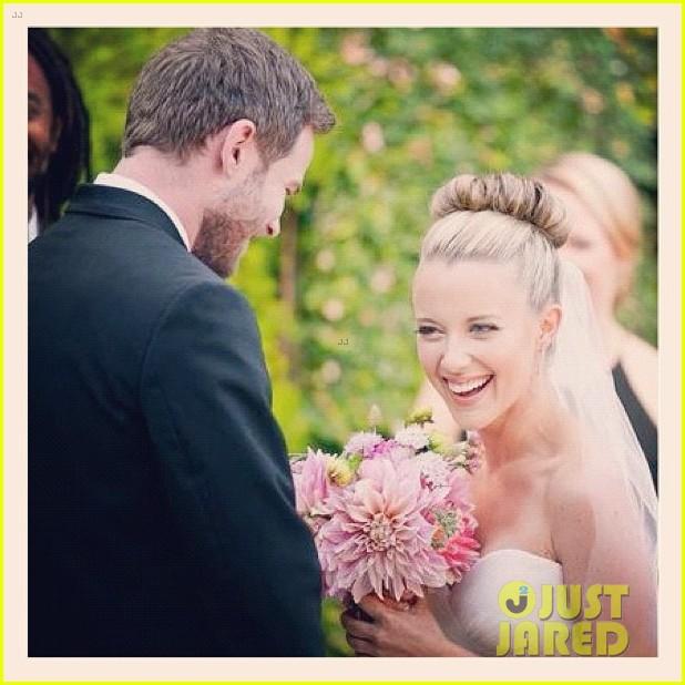 shawn ashmore dana wasdin wedding married 022710596