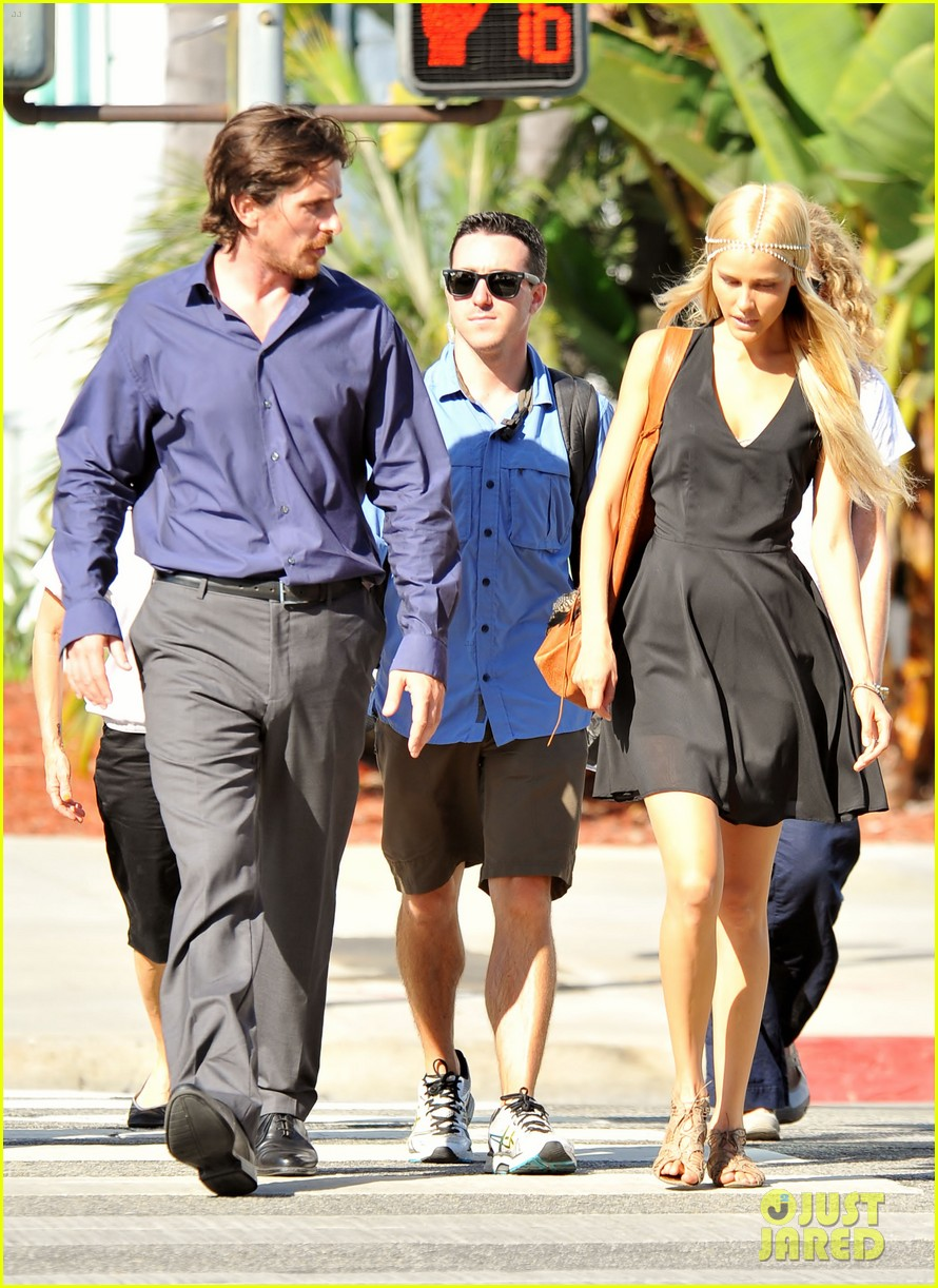 christian bale isabel lucas knight of cups 05
