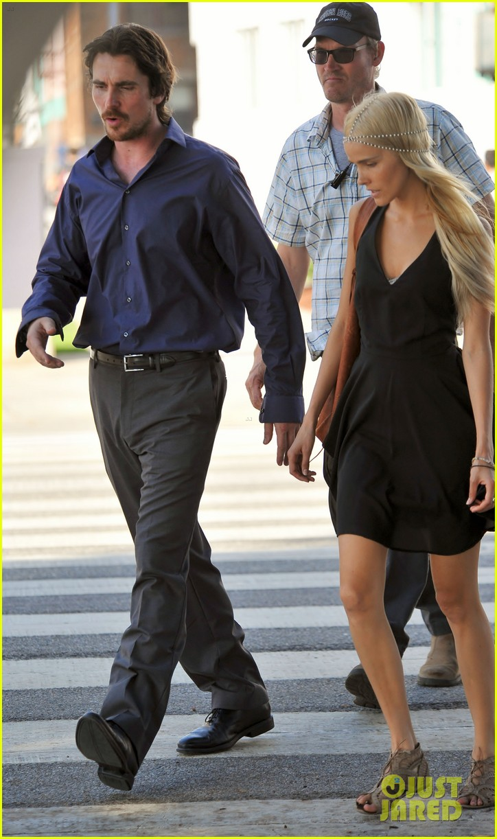 christian bale isabel lucas knight of cups 23