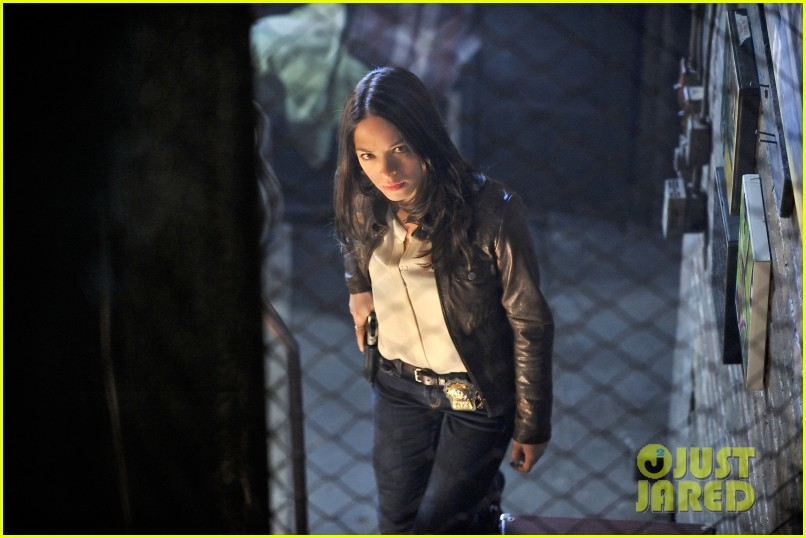 kristin kreuk jay ryan beauty and the beast stills 032696549