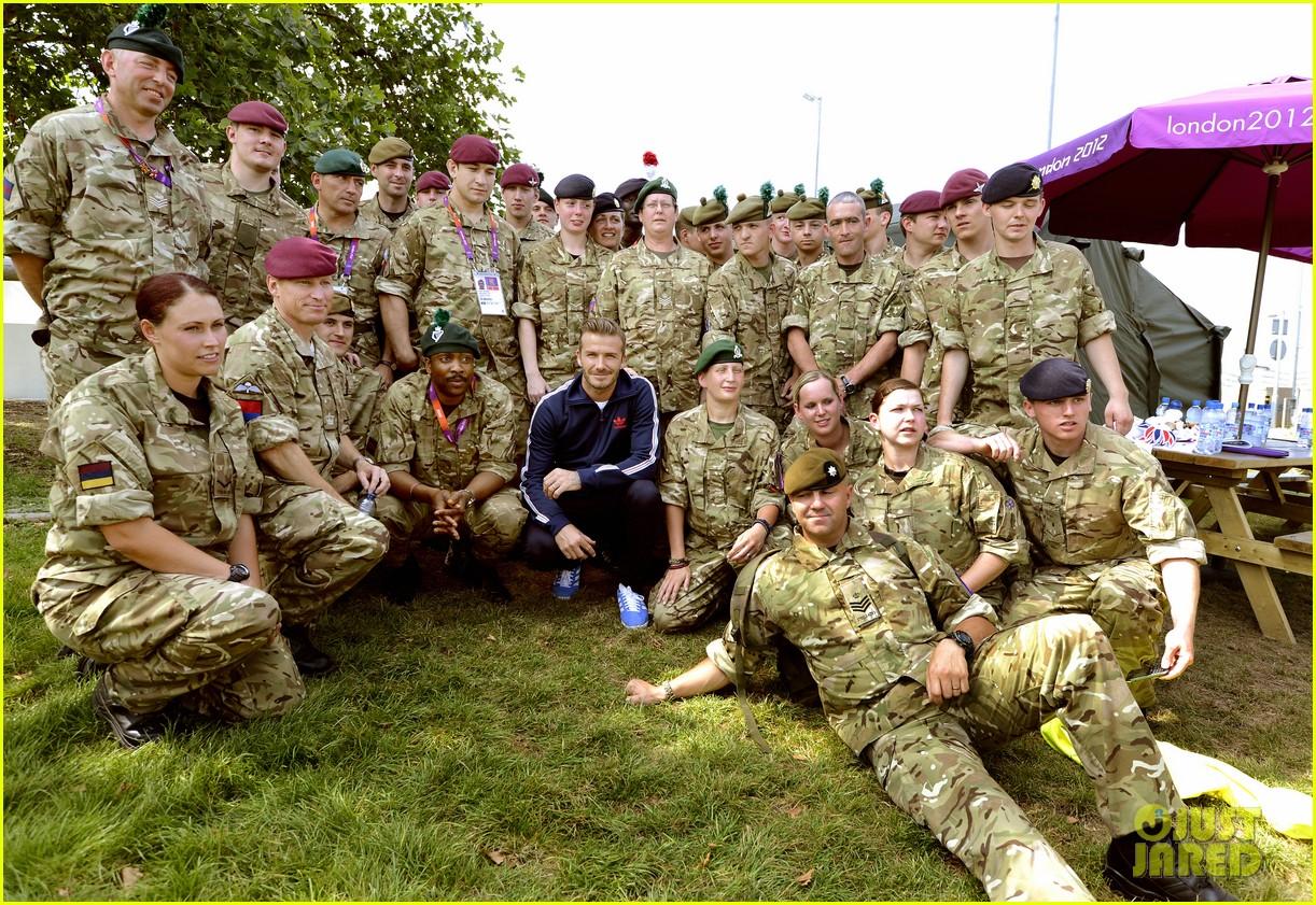 david beckham boys meet greet olympic guards 012699691