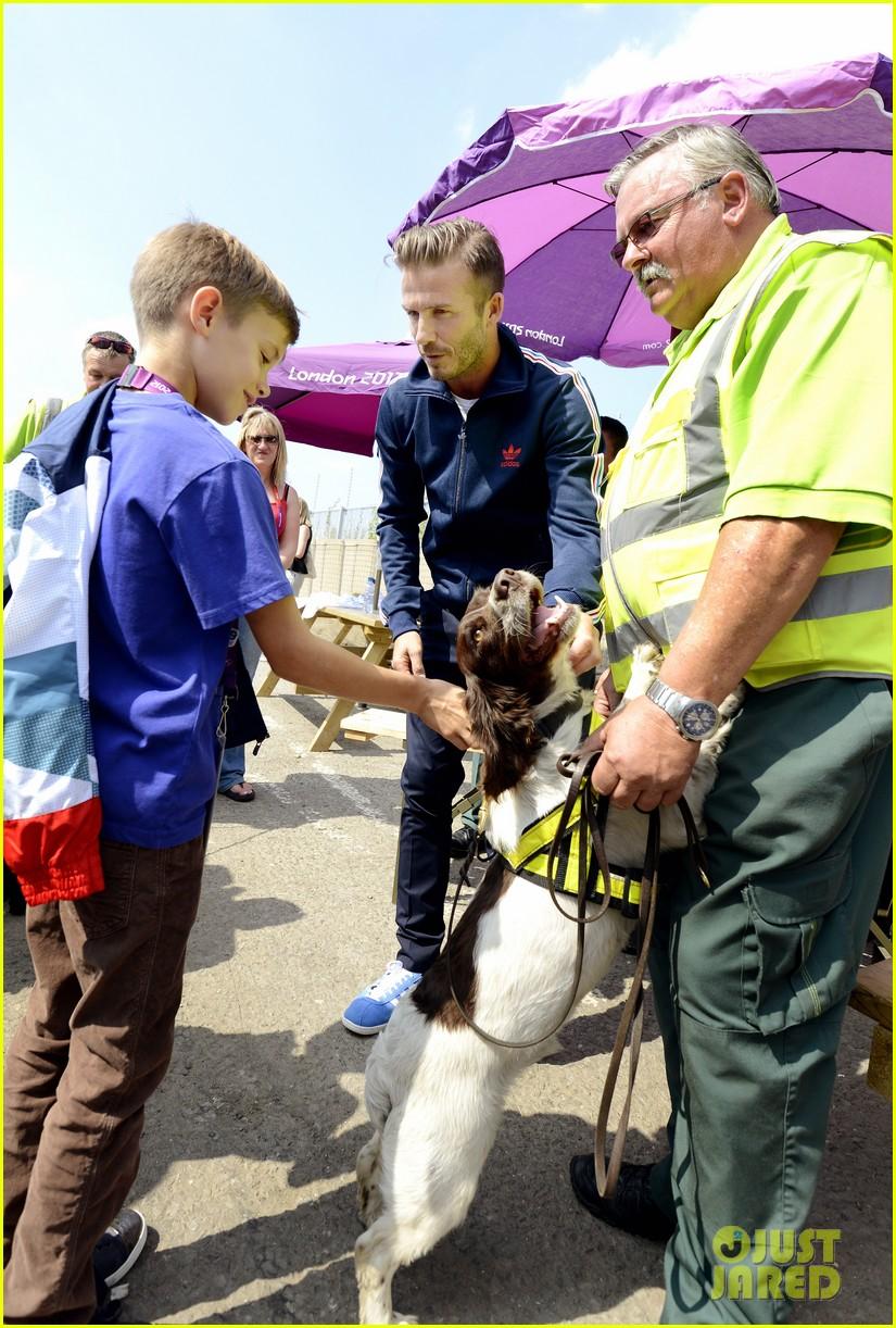 david beckham boys meet greet olympic guards 042699694