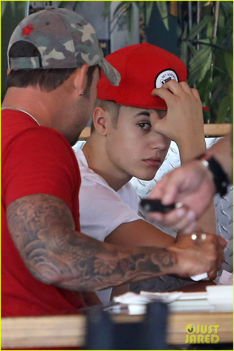 justin bieber sushi dans family lunch 07