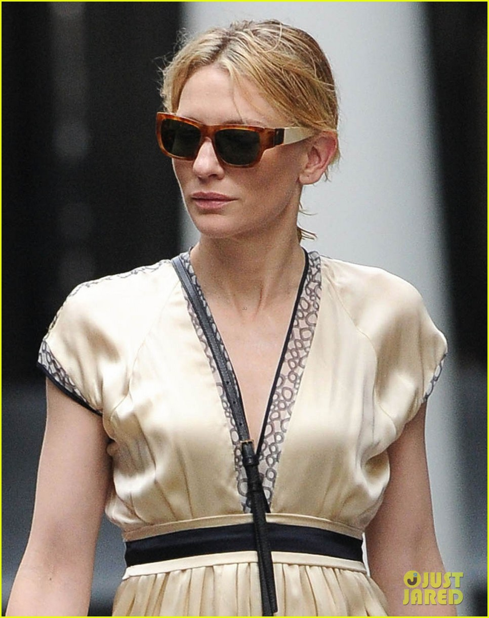 cate blanchett ends uncle vanya jets out of nyc 02