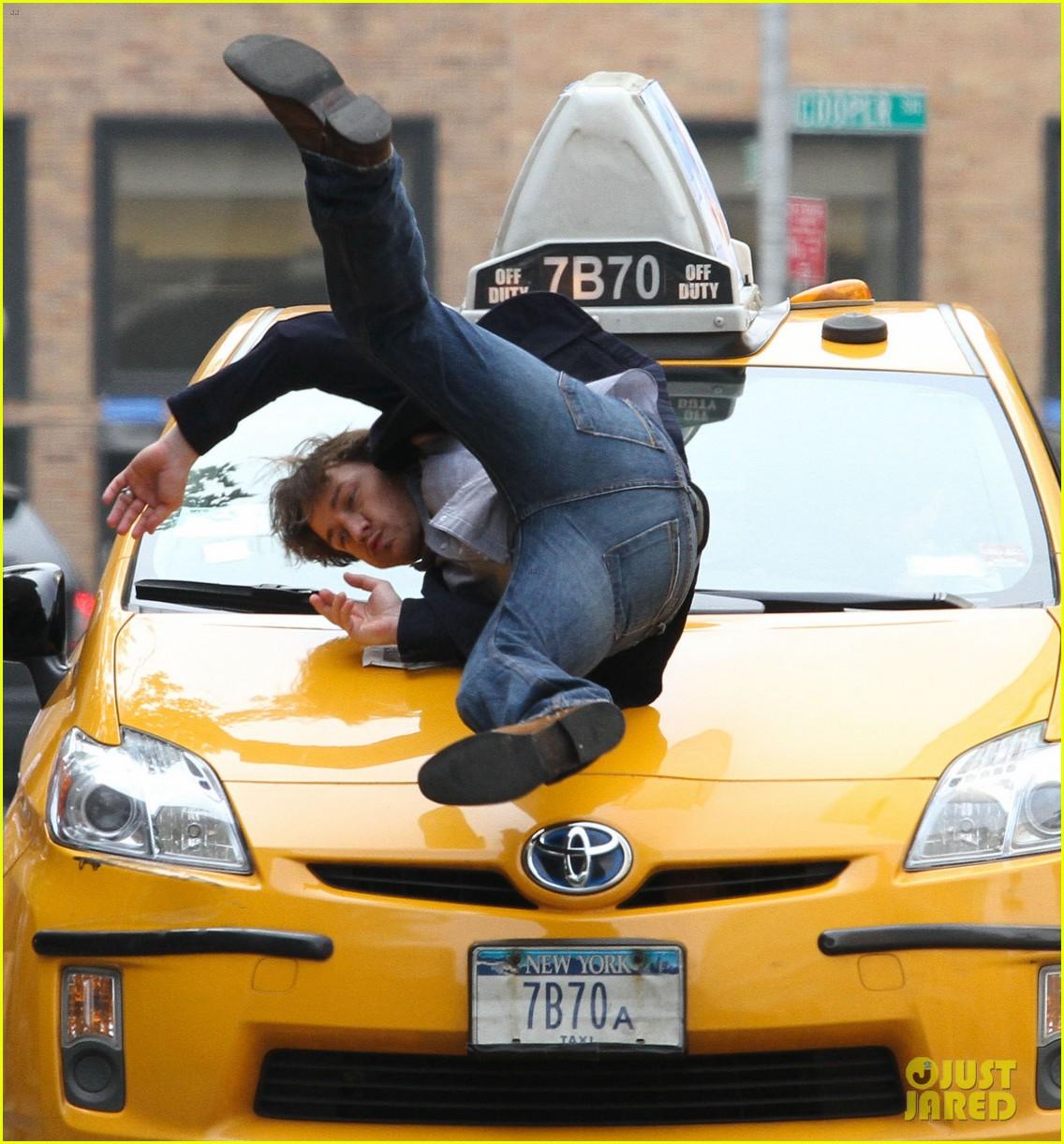 chastain cab scene 022696848