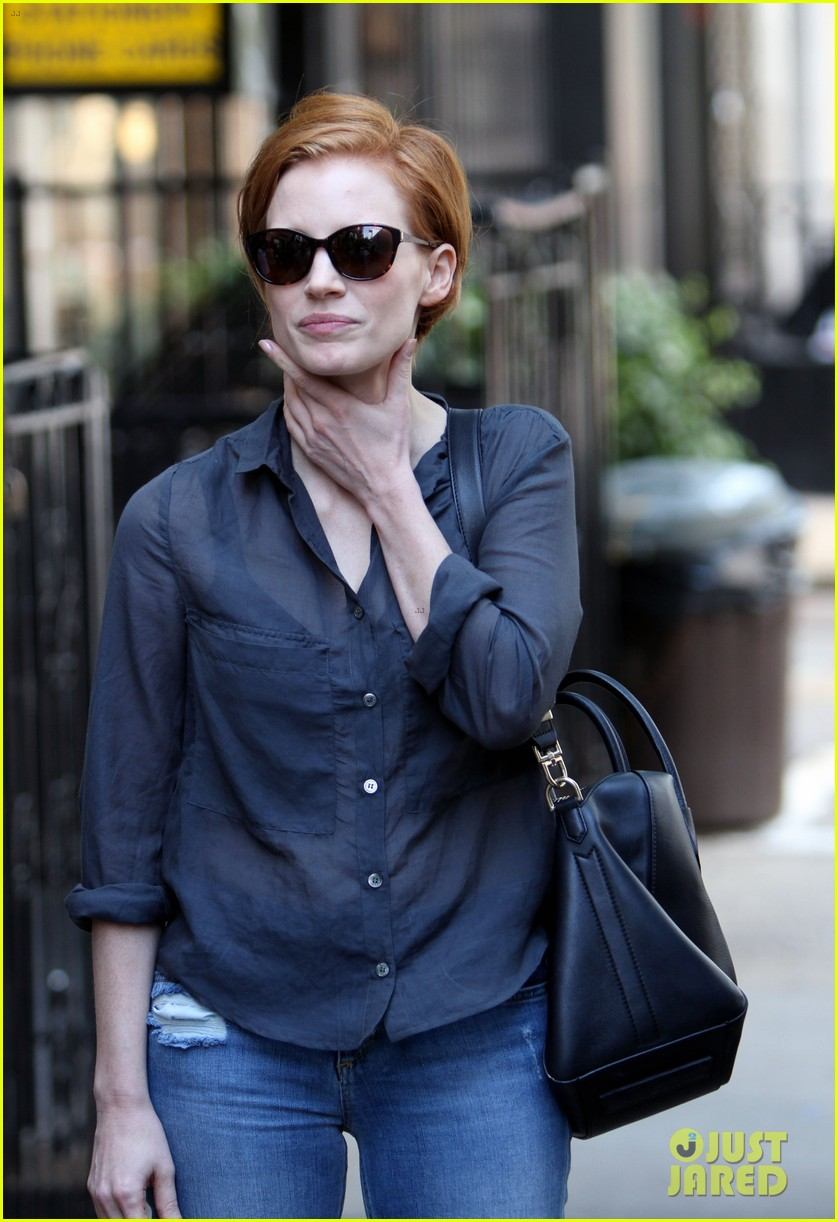 jessica chastain go see the intouchables 16