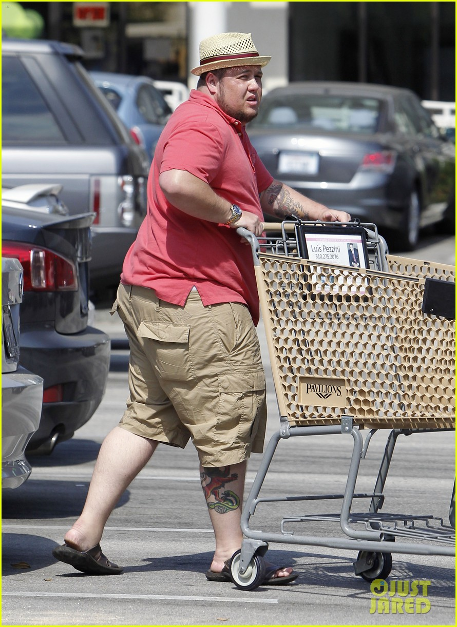 chaz bono grocery shopping 142704815