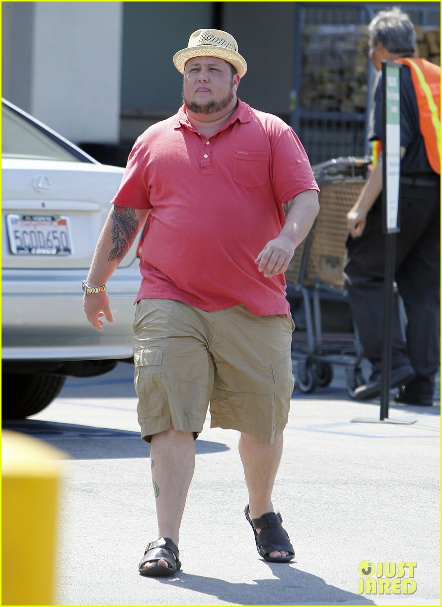 chaz bono grocery shopping 182704819