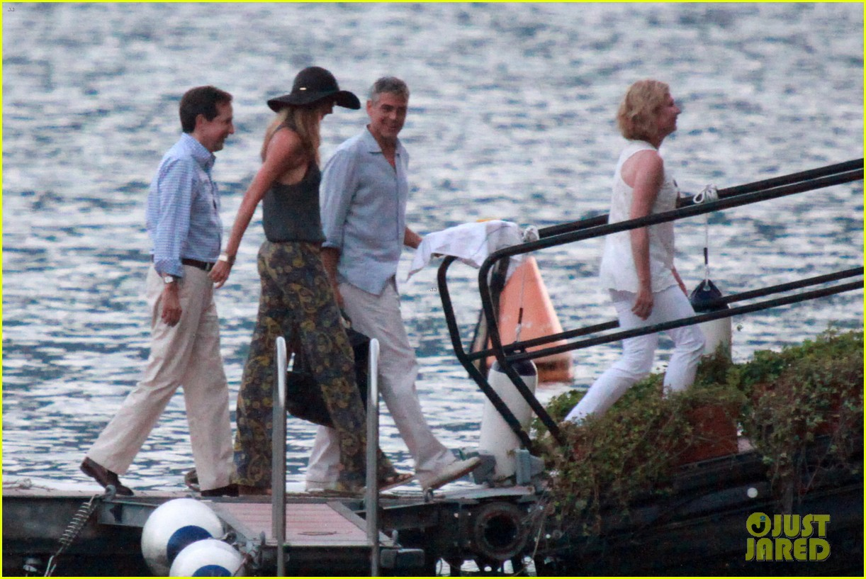 george clooney stacy keibler lake como boat ride 052699267