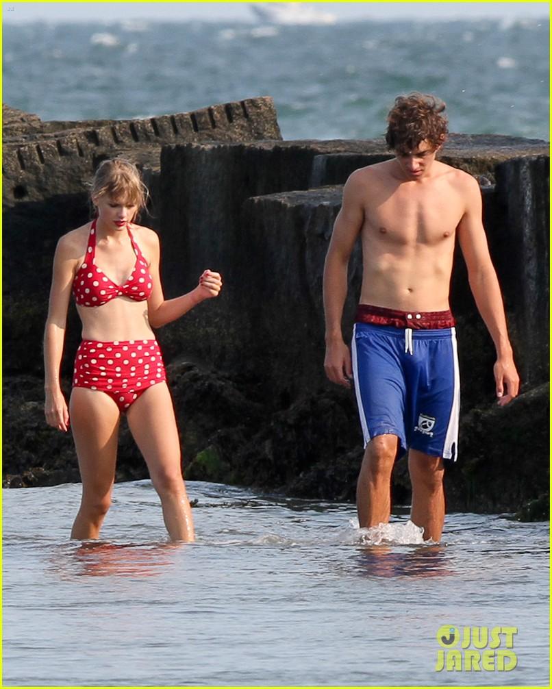 taylor swift bikini conor kennedy shirtless 062704222