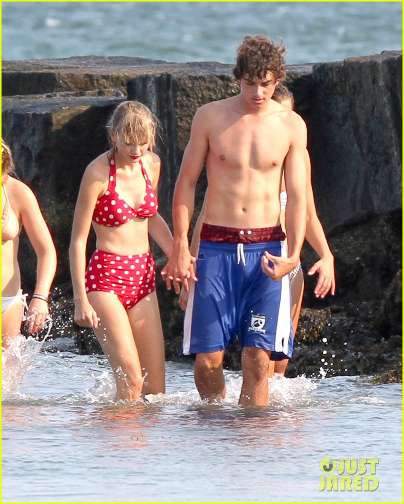 taylor swift bikini conor kennedy shirtless 13