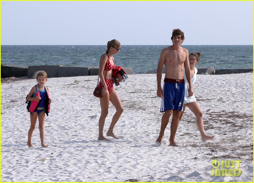 taylor swift bikini conor kennedy shirtless 222704238