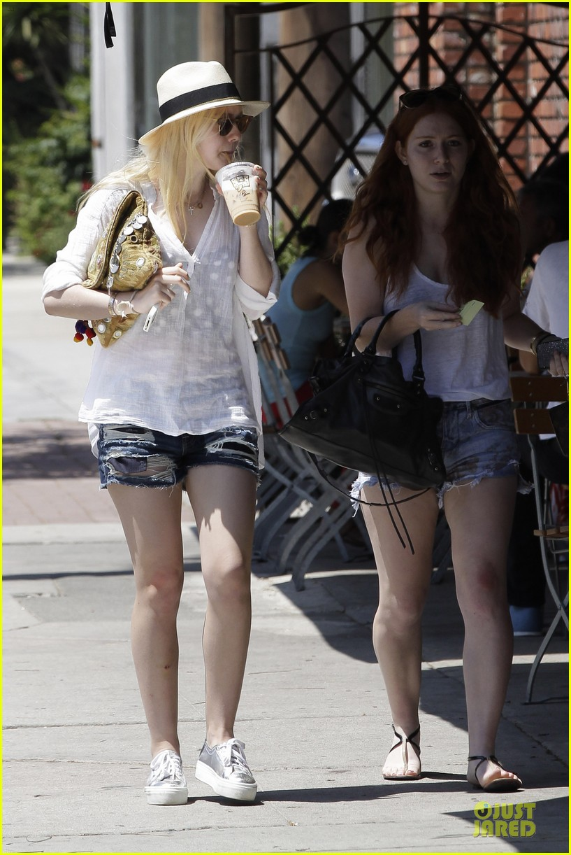 dakota fanning night moves 062707625