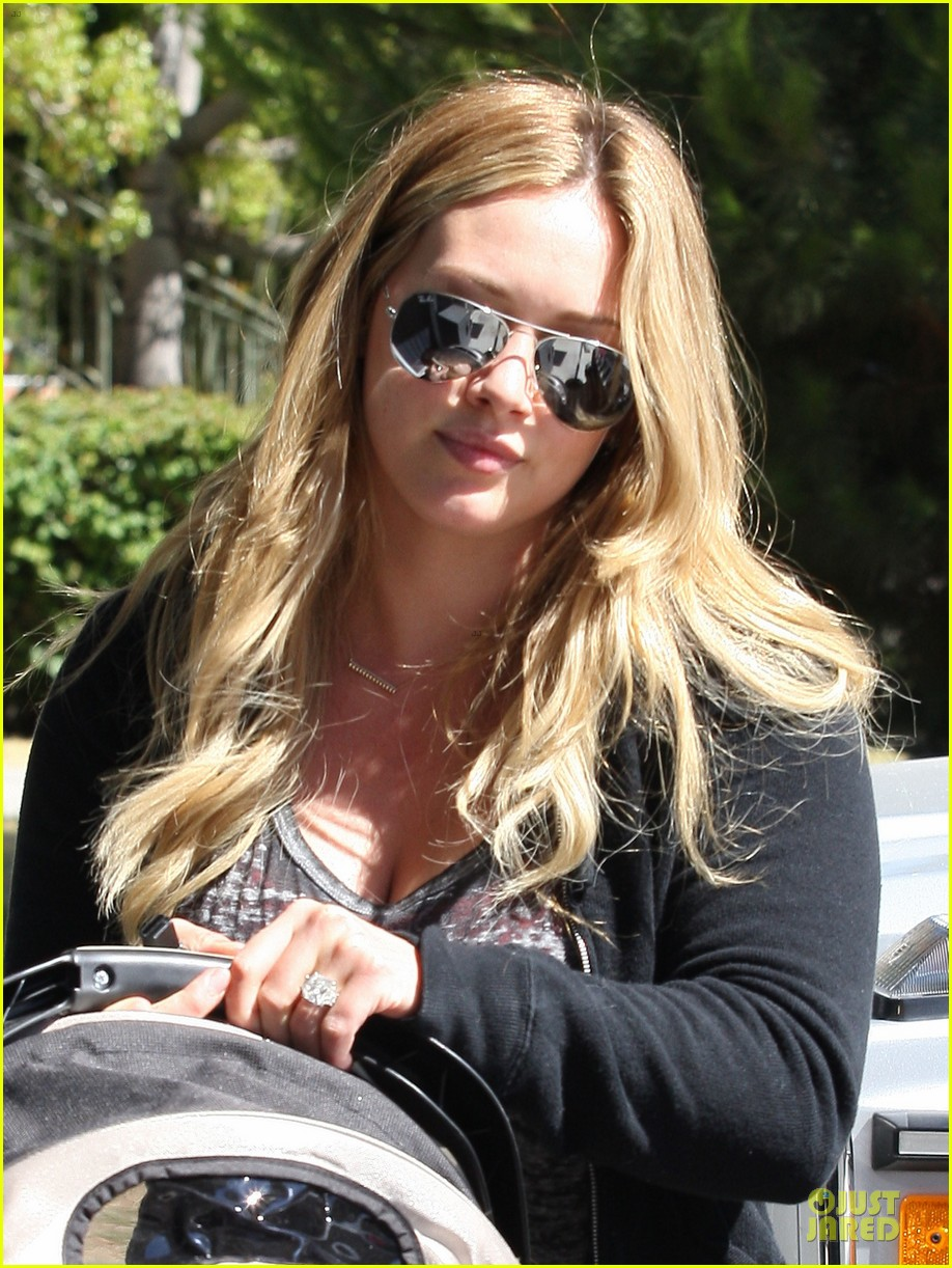 hilary duff pilates luca 052709915